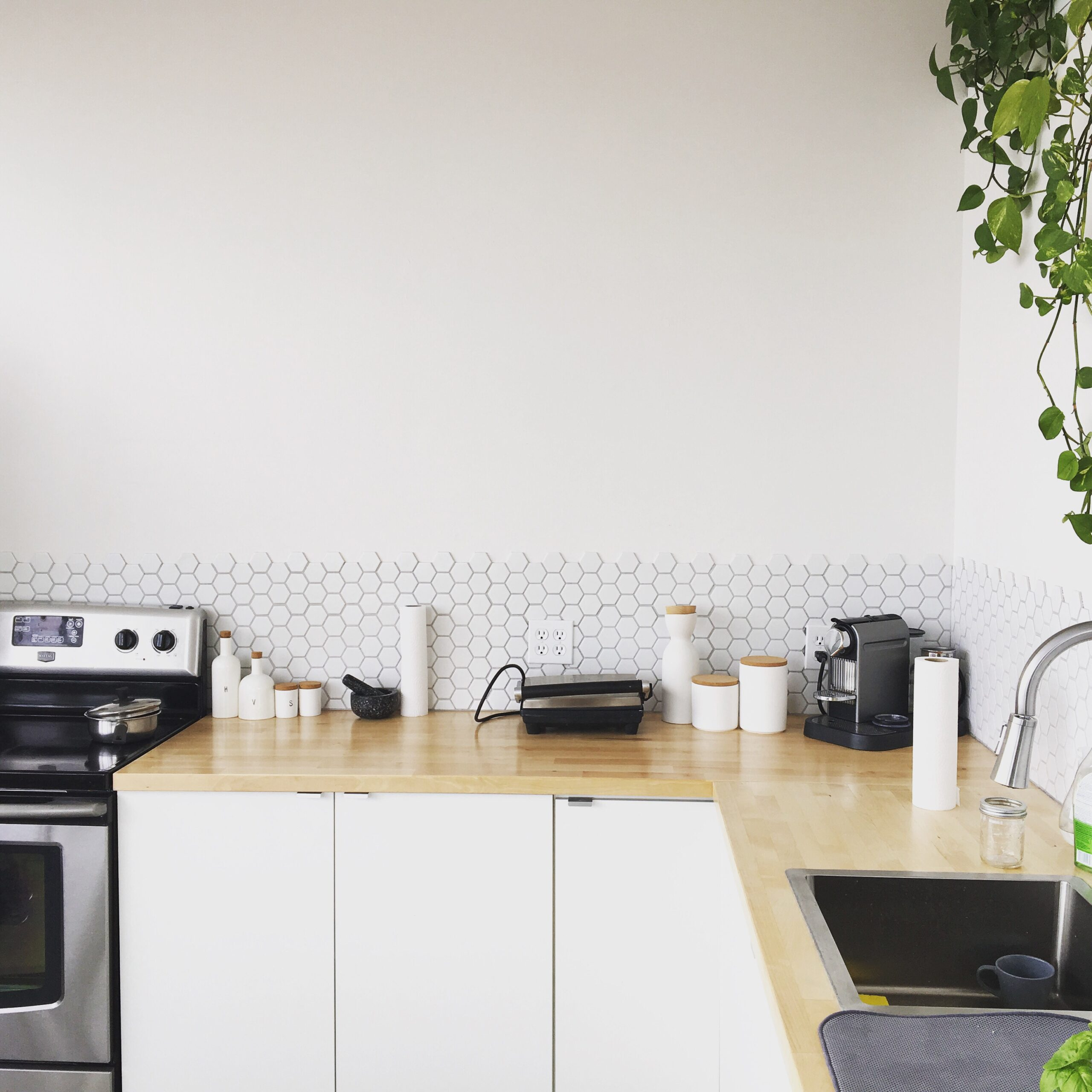 Clean T.O: The 4 Times Cleaning Services are Essential - Maid in Toronto