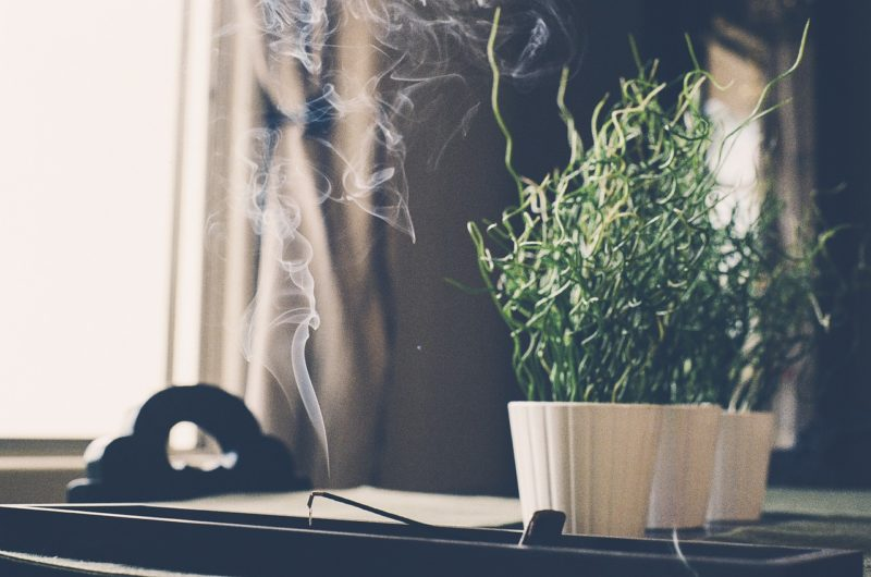 Clean T.O 4 Essentials of Decorating Your Condo for Fall Incense