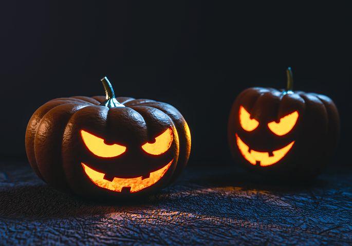 Clean T.O: 5 Tricks to Avoid Pumpkin Catastrophe Jack-O-Lanterns