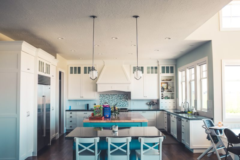 Clean T.O: It's Not Clutter, it's Maximalism Kitchen