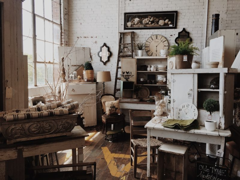 Clean T.O: It's Not Clutter, it's Maximalism Messy Room