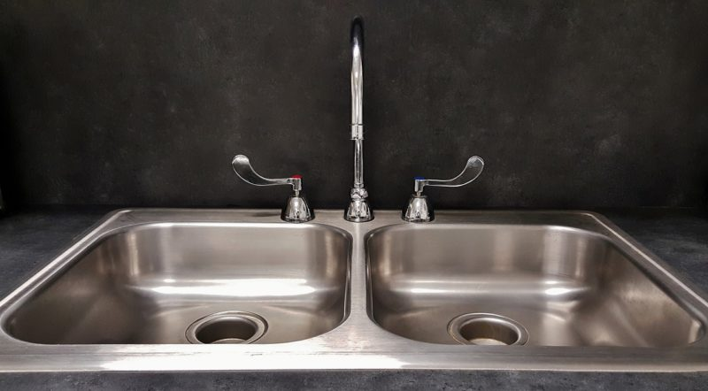 The Dishwashing Machine vs. Hand Washing Debate Sink
