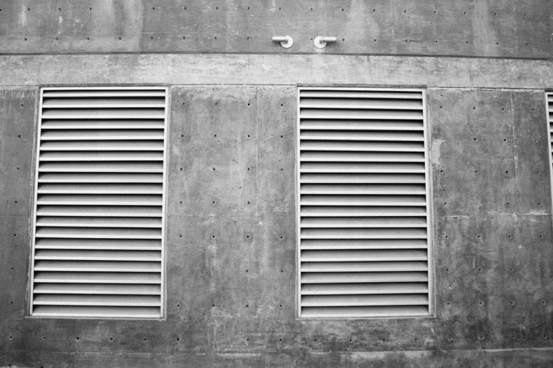 4 Habits to Keep Your Bathroom Spotless Vents