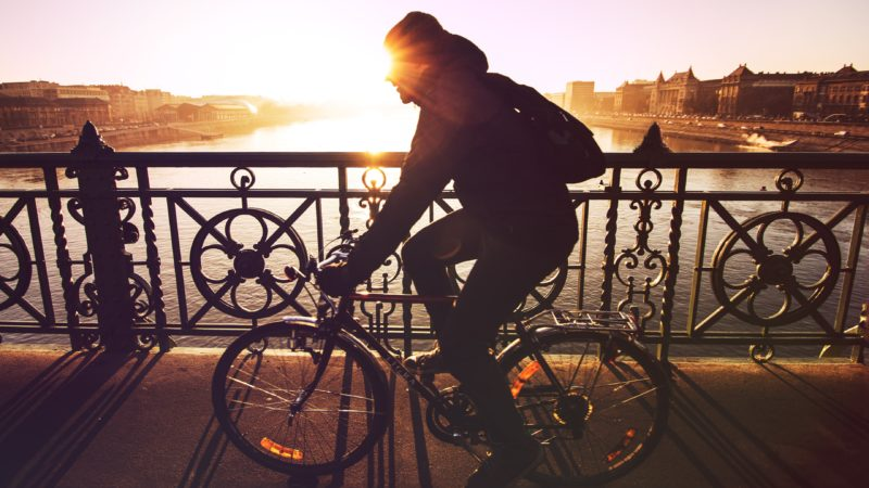 5 Clothing Essentials for Cold Weather Cycling Bridge