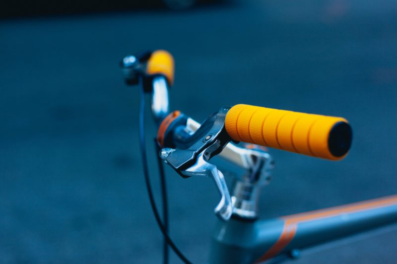 5 Clothing Essentials for Cold Weather Cycling Handles