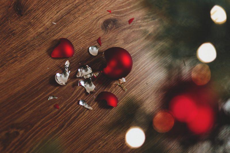 5 Xmas Cleaning Hacks You Need ASAP Broken Ornament