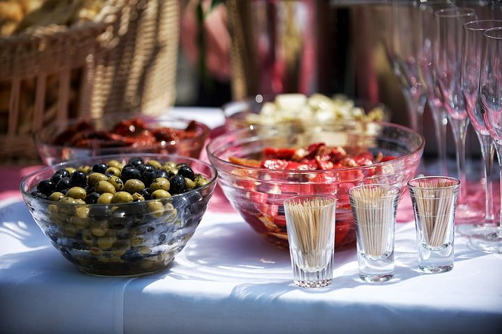 The 4 NYE Party Mistakes You Should Avoid Food