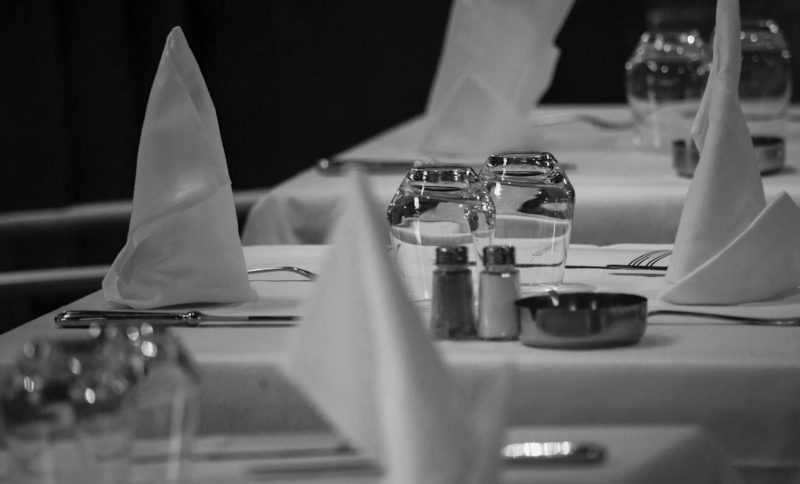 4 Ways Your Server Can Help Remove A Stain Immediately Napkins
